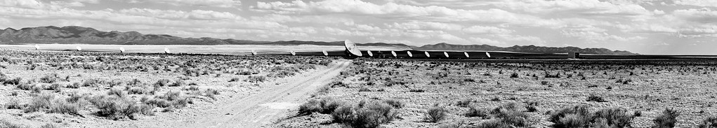 180 - VLA Panorama  We made a quick stop to place a call to outer space. Very Large Array - New Mexico