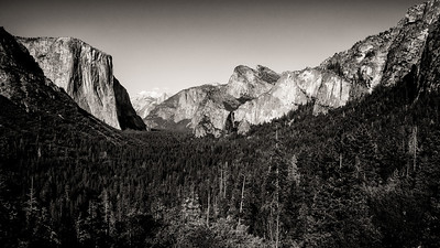 Yosemite Tunnel View B&W